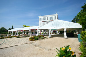Location de chapiteaux, de structures modulaires pour mariage, fêtes, événement privé
